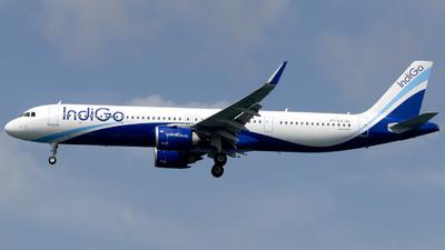 A picture of VTILO - Airbus A321251NX - IndiGo - © Salman Tareen.