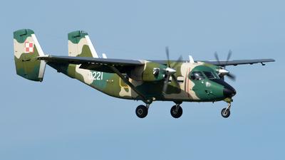 0221 - PZL-Mielec M-28B/PT Skytruck - Poland - Air Force
