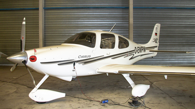 D-EWPW - Cirrus SR22 - Private