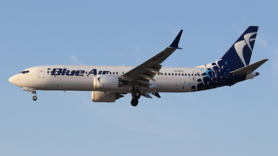 A picture of YRMXC - Boeing 737 MAX 8 - Blue Air - © Owen Ceney (bhx_flights)