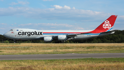 A picture of LXVCK - Boeing 7478R7(F) - Cargolux - © R. Eikelenboom
