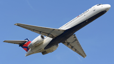 A picture of N947AT - Boeing 7172BD - Delta Air Lines - © DJ Reed - OPShots Photo Team