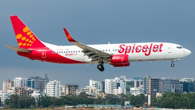 VT-SLG - Boeing 737-8AS - SpiceJet