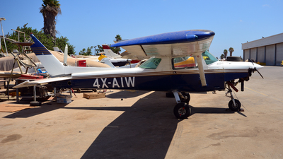 4X-AIW - Cessna 152 - Megiddo Aviation