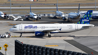 A picture of N580JB - Airbus A320232 - JetBlue Airways - © Rocky Wang
