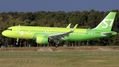 VP-BSH - Airbus A320-271N - S7 Airlines