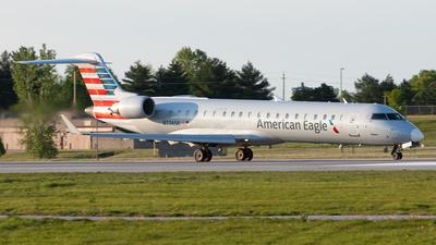 A picture of N776SK - Mitsubishi CRJ701ER - American Airlines - © Nicholas Ambrosecchia