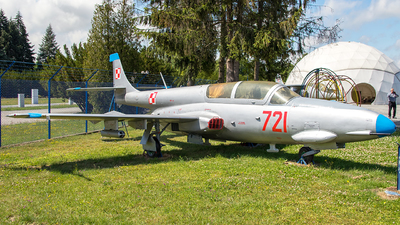 721 - PZL-Mielec TS-11 Iskra - Poland - Air Force