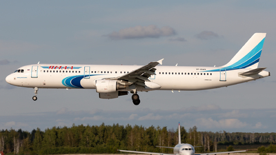 VP-BWO - Airbus A321-211 - Yamal Airlines