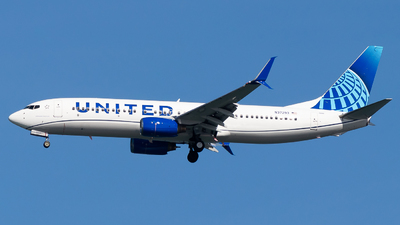 A picture of N37293 - Boeing 737824 - United Airlines - © Chris Phan