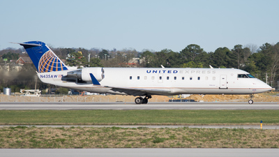 N435AW - Bombardier CRJ-200LR - United Express (Air Wisconsin)