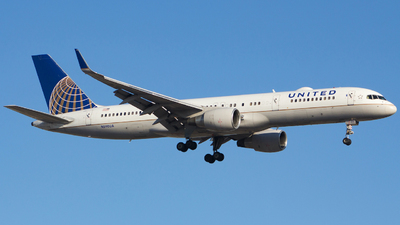 N590UA - Boeing 757-222 - United Airlines