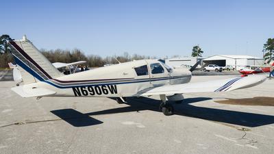 N6906W - Piper PA-28-140 Cherokee - Private