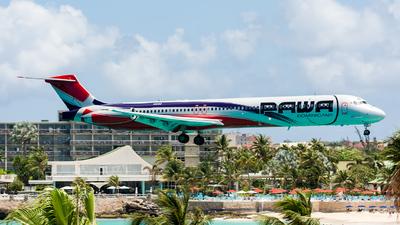 HI990 - McDonnell Douglas MD-83 - PAWA Dominicana