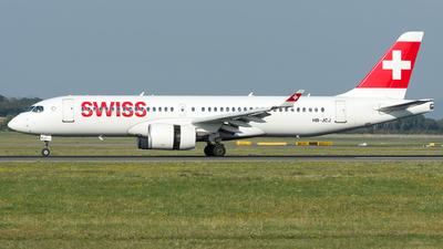 A picture of HBJCJ - Airbus A220300 - Swiss - © Gerhard Zant