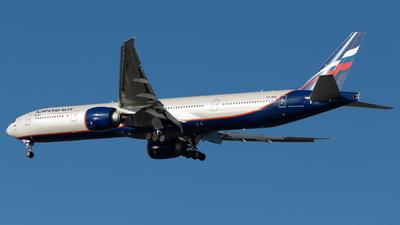 A picture of VPBHA - Boeing 7773M0(ER) - Aeroflot - © Frank-Li