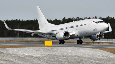 VQ-BAC - Boeing 737-524 - UTair Aviation