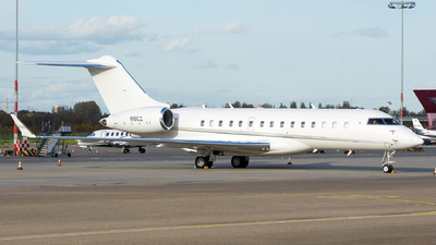 A picture of N18CZ - Bombardier Global 6000 - [9751] - © Dutch