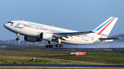 421 - Airbus A310-304 - France - Air Force