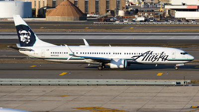 A picture of N442AS - Boeing 737990(ER) - Alaska Airlines - © Sotos