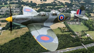 G-AIDN - Supermarine Spitfire Mk.VIII - Private