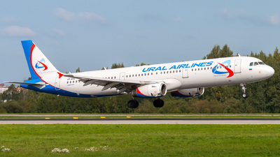 VP-BVR - Airbus A321-231 - Ural Airlines