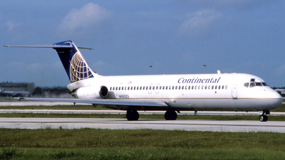 N69523 - McDonnell Douglas DC-9-32 - Continental Airlines