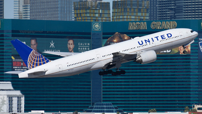 A picture of N773UA - Boeing 777222 - United Airlines - © Taxi_Way_
