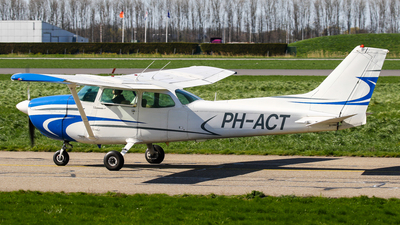 PH-ACT - Cessna 172M Skyhawk - Private