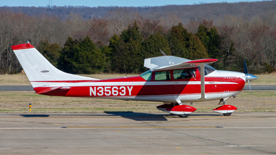 N3563Y - Cessna 182F Skylane - Private