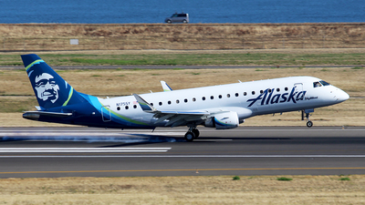 N175SY - Embraer 170-200LR - Alaska Airlines (Skywest Airlines)