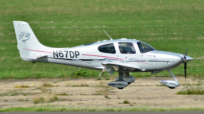 A picture of N67DP - Cirrus SR22 - [2933] - © Adam Loader