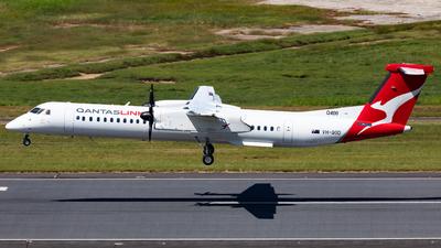 A picture of VHQOD - De Havilland Canada Dash 8400 - Qantas - © Nicholas Kimura