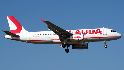 A picture of OELOP - Airbus A320232 - Laudamotion - © Buzu