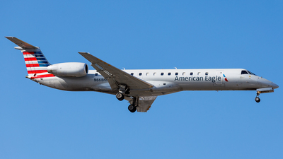 A picture of N668HH - Embraer ERJ145LR - American Airlines - © Martin Pinnau