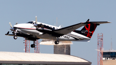 PT-WAC - Beechcraft B300 King Air 350 - Private