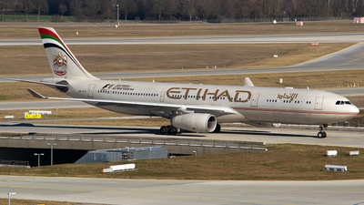 A6-AFC - Airbus A330-343 - Etihad Airways