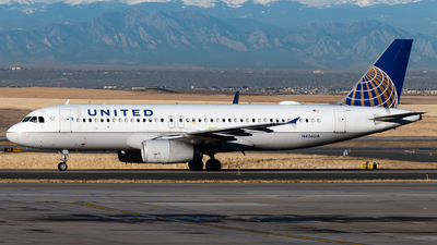 A picture of N426UA - Airbus A320232 - United Airlines - © Michael Place
