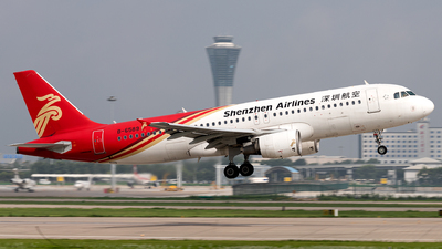 B-6589 - Airbus A320-214 - Shenzhen Airlines