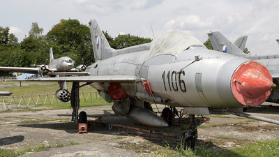 1106 - Mikoyan-Gurevich MiG-21F-13 Fishbed C - Czechoslovakia - Air Force