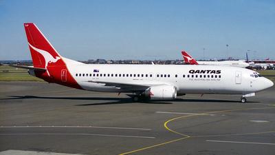 VH-TJP - Boeing 737-476 - Qantas