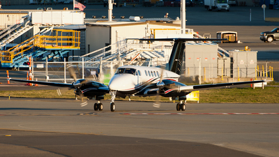 N701AX - Beechcraft 300 Super King Air - Private