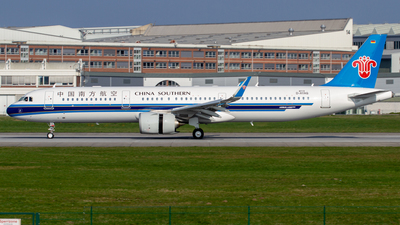 D-AYAQ - Airbus A321-253N - China Southern Airlines