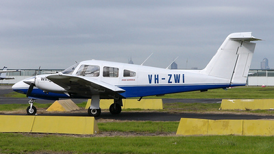VH-ZWI - Piper PA-44-180 Seminole - Wings Flying School
