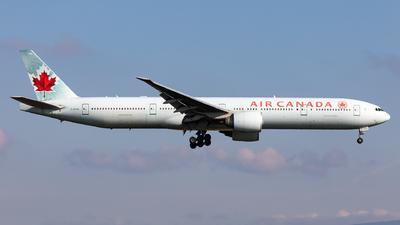 A picture of CFIVQ - Boeing 777333(ER) - Air Canada - © Sebastian Sowa