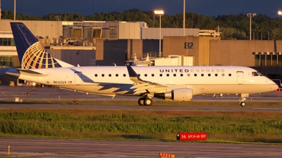 N602UX - Embraer 170-200LL - United Express (ExpressJet Airlines)
