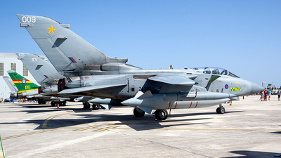 ZA395 - Panavia Tornado GR.4A - United Kingdom - Royal Air Force (RAF)
