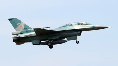 TS-1622 - General Dynamics F-16D Fighting Falcon - Indonesia - Air Force
