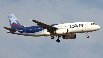 CC-CQM - Airbus A320-233 - LAN Airlines