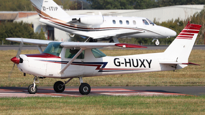 G-HUXY - Cessna 152 - Private